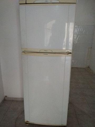 Geladeira Grande Usada - Foto 4