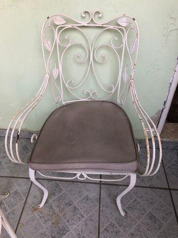 Cadeiras e mesa de ferro/50/60 anos - Foto 5