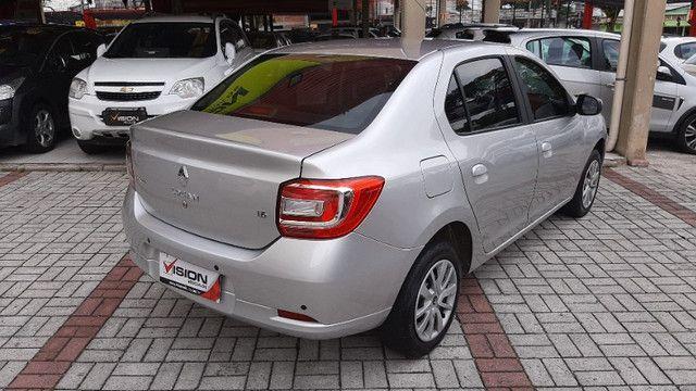 2. Renault Logan Expression 1.6 16v - Oferta!!! - Foto 3