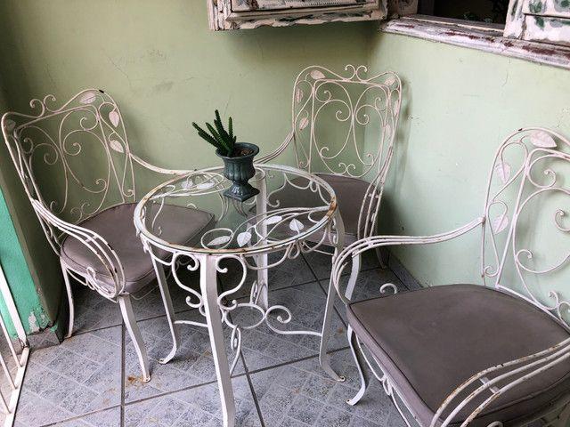 Cadeiras e mesa de ferro/50/60 anos - Foto 6