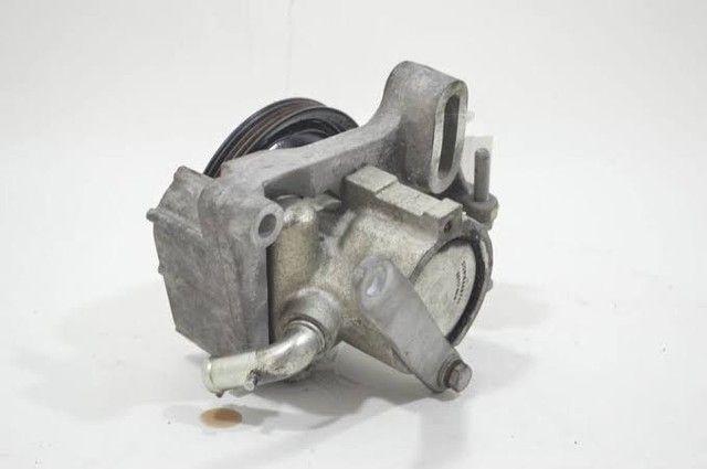 Bomba de direção hidráulica do Fiat uno.