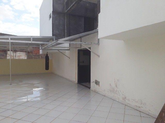 Lindo Apartamento de 3 Quartos Totais na Dorival Caymi Itapuã - Foto 5