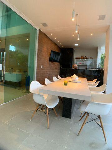 Casa linda e aconchegante com 4 suítes e localizada no Condomínio Laguna. - Foto 2