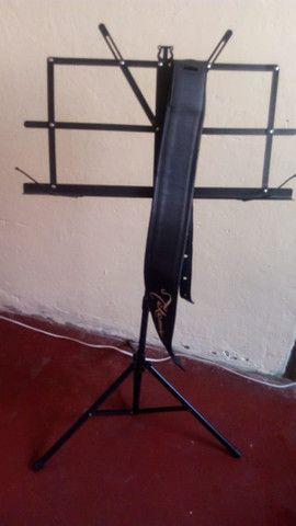 Alça de violão takamine + pedestal de pasta