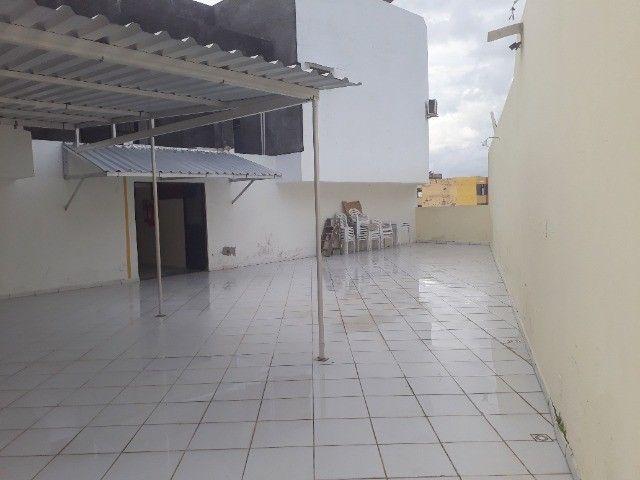Lindo Apartamento de 3 Quartos Totais na Dorival Caymi Itapuã - Foto 8