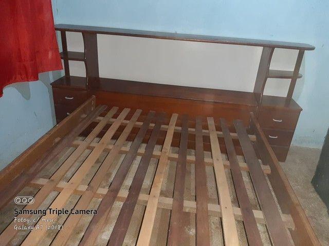 Cama de madeira com baú e gavetas - Foto 4