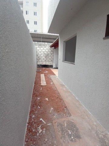 Casa para venda possui 93 metros quadrados com 3 quartos em Parque Oeste Industrial - Goiâ - Foto 3