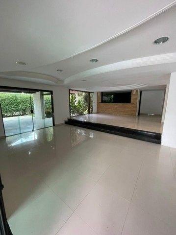 Casa com suítes, área de lazer completa, piscina privativa e 5 vagas. - Foto 11