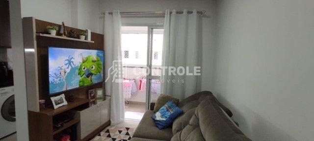 (MAR) Apartamento 2 dormitórios, sendo 1 suíte em Areias - São José/SC - Foto 2