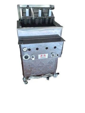 Fritadeira quadrada com cestos Loja do Pasteleiro para salgados e porções * Peça Única  - Foto 2