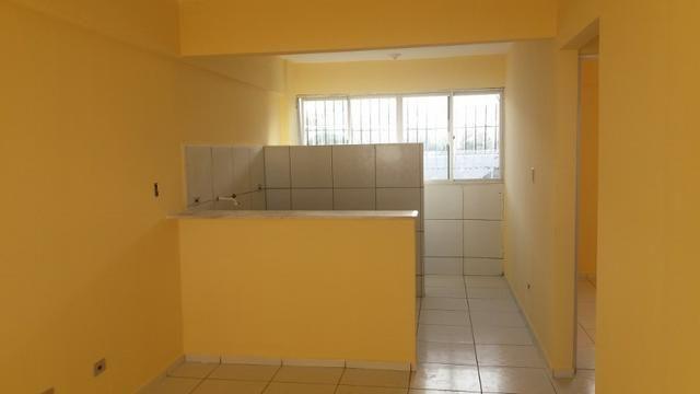 Vd apto em Cajueiro2 quartos, pilitís,50m2, R180 Mil Ac. C. Crédito