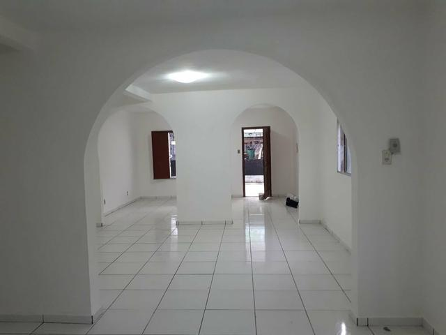 Alugo Casa na Tamoios para comércio c/ 4/4 serv para farmácia, escritórios etc - Foto 8