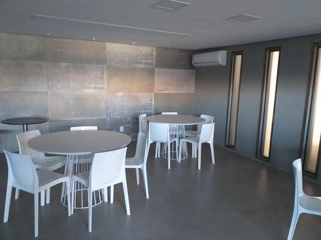 Apartamento Farol três quartos novos - Foto 3