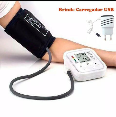 (NOVO) Aparelho De Medir / Aferir Pressão Arterial + Carregador USB