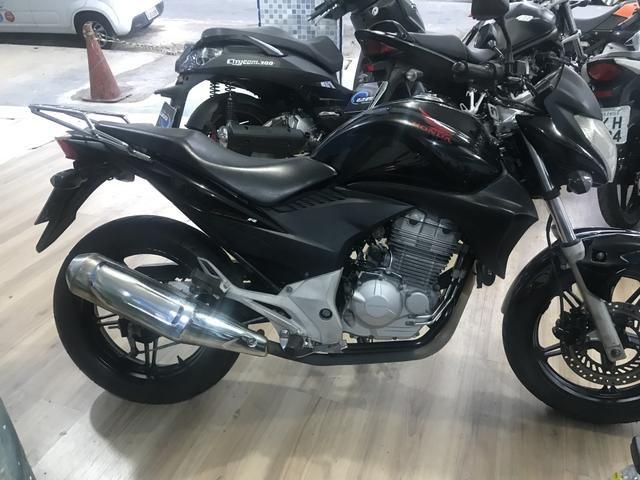 Honda cb 300 2011 aceito moto Fin 48 x aceito cartão até 12 x 1.6% ao mês - Foto 9