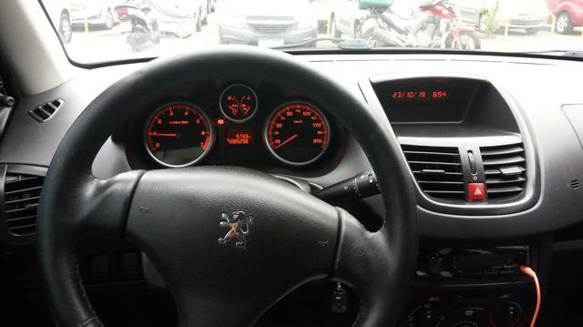 Peugeot 207 1.4 8v 2010/2011 - Foto 4