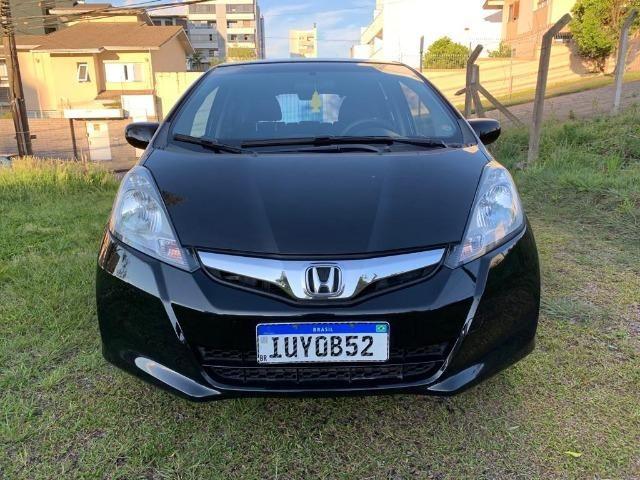 Honda Fit automático - Estado impecável - Foto 15