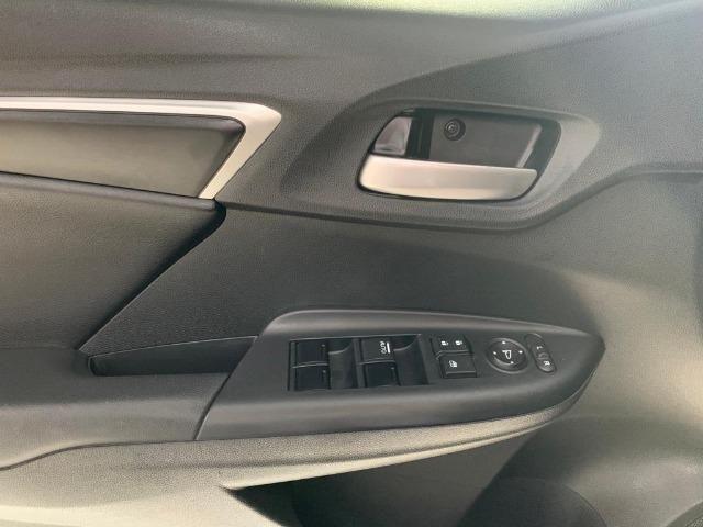 Honda Fit ElX - 2017 - Foto 14