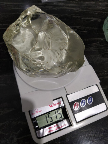 Duas Pedras de Vidro da Terra 2 kg  - Foto 3