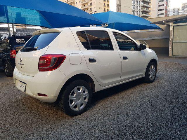 Renault / Sandero Autentic Hatch 1.0 - Foto 3