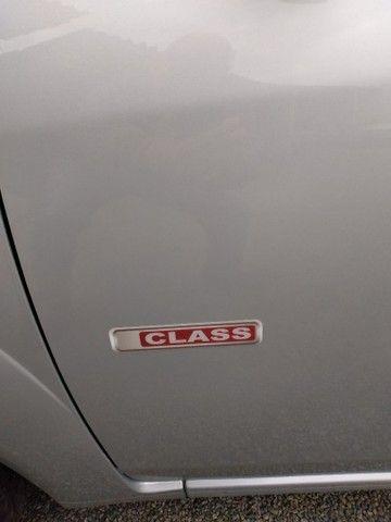 Fiesta class sedan 1.6 2011 - Foto 2