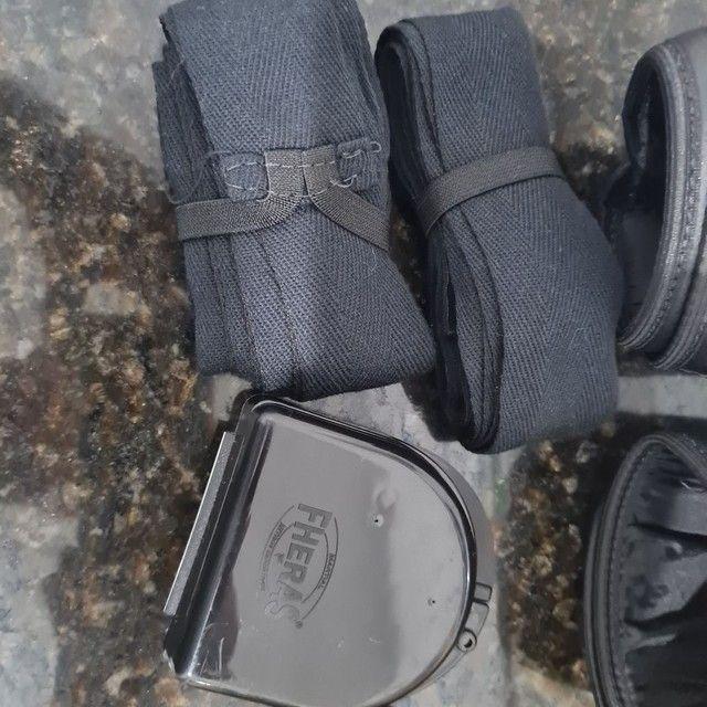 Kit Luva De Boxe Muay Thai Mma Bandagem E Bucal 10Oz Preto - Foto 3