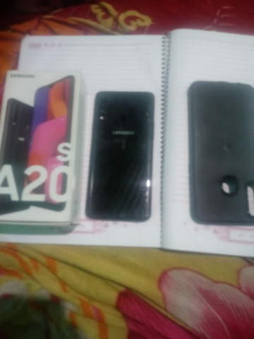 Samsung a 20 S duo chip 32 giga  - Foto 2