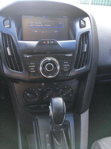 Ford Focus sedan - Foto 5