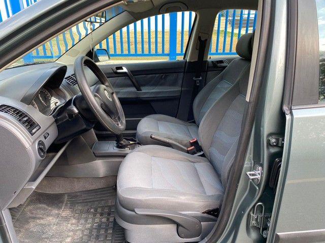 Volkswagen Polo Sedan POLO SEDAN 1.6 MI TOTAL FLEX 8V 4P FL - Foto 9