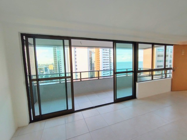EA- Lindo apartamento no Pina. 4 suítes, vista livre, 2 vagas, 156m² - Foto 2