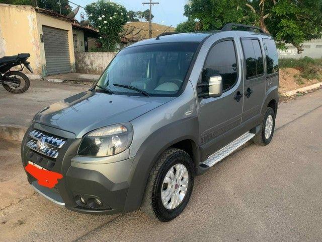vendo Fiat doblo adventure 1.8 Locke Xingu flex - Foto 2