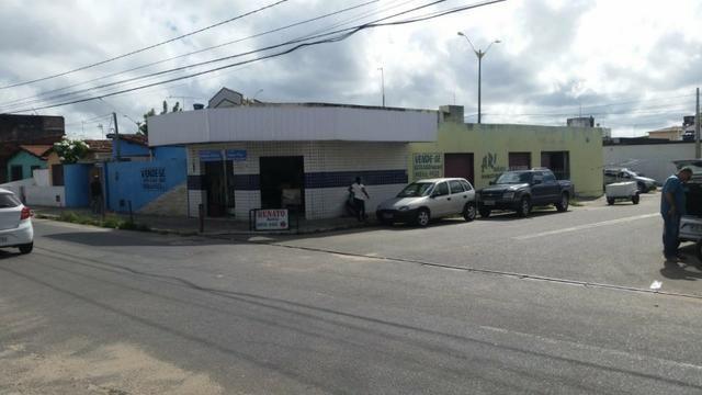 Casa 3 Quartos em Avenida Comercial em Parnamirim