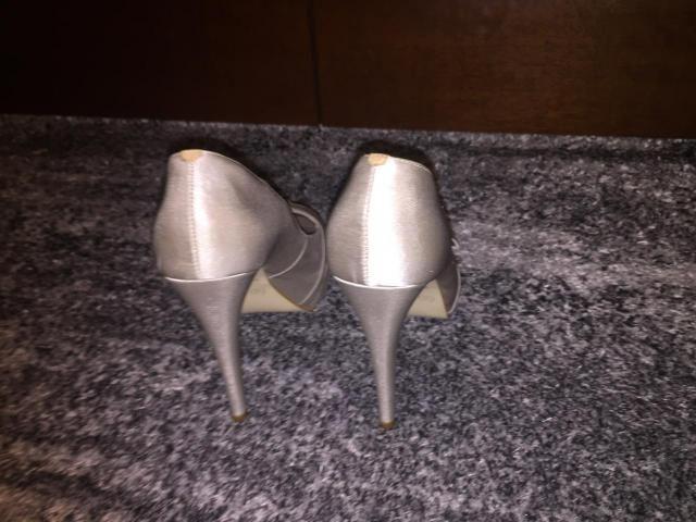 f8213a9a74 Sapato Prata da marco Cris Roberto tam. 37 - Roupas e calçados ...