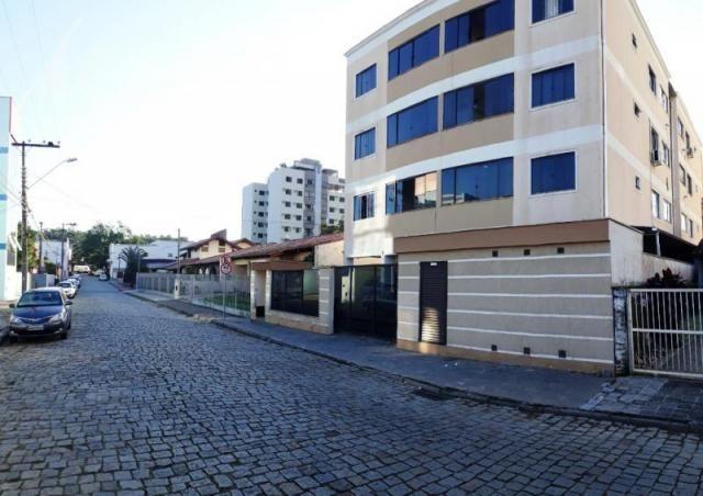 Abelardo imóveis - apartamento de 2 dormitórios sendo 1 demi-suíte, sala jantar, sala de t