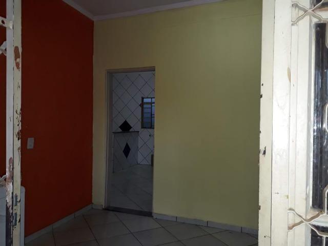 Vendo ampla Casa no bairro Dom Bosco - Foto 7