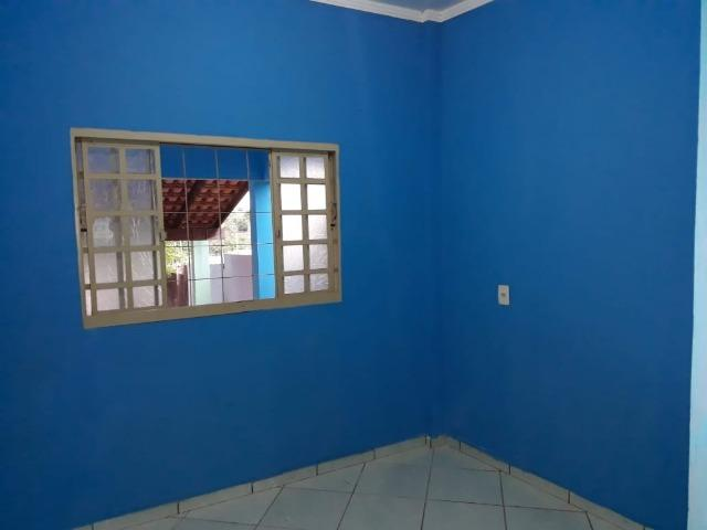 Vendo ampla Casa no bairro Dom Bosco - Foto 4