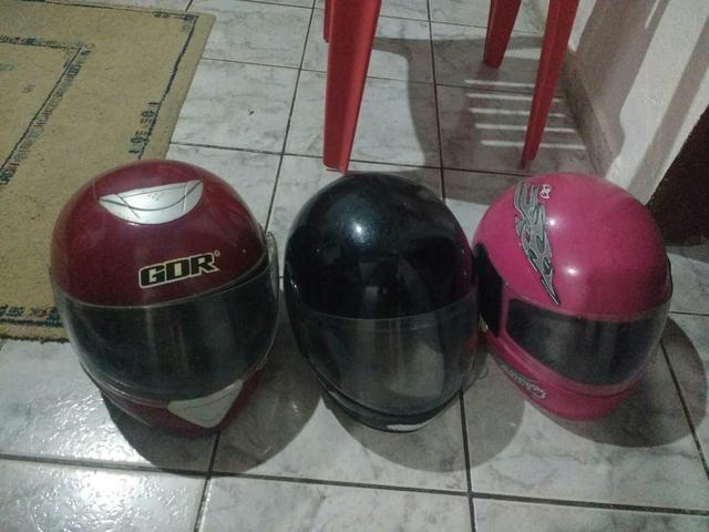 Oportunidade, 3 capacetes por R$ 60,00