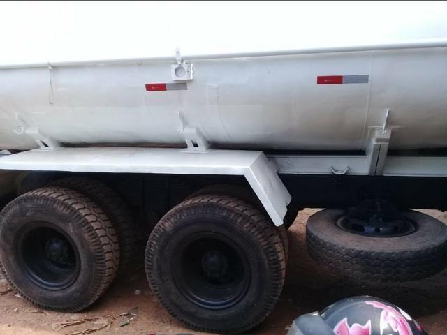 Ford cargo 2422 pipa - Foto 4
