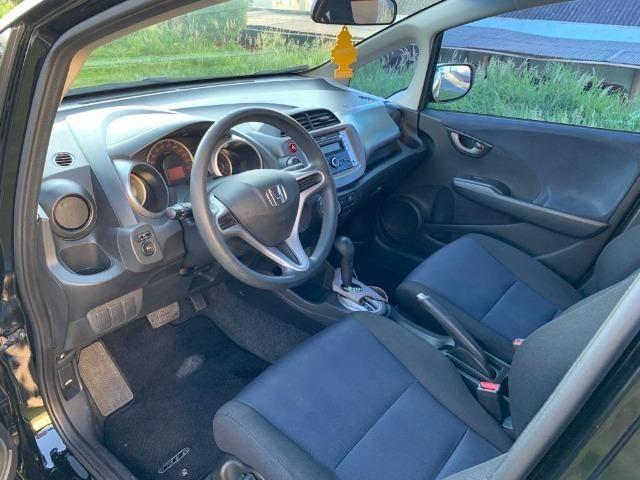 Honda Fit automático - Estado impecável - Foto 7