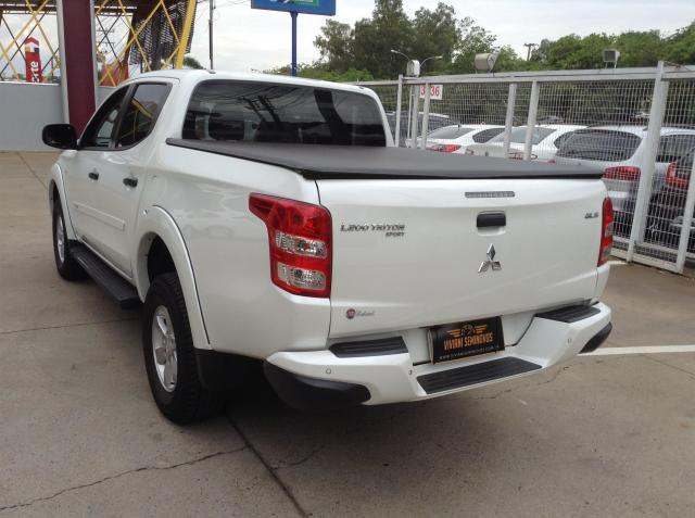 MITSUBISHI L200 TRITON 2017/2018 3.2 GLX 4X4 CD 16V TURBO INTERCOLER DIESEL 4P MANUAL - Foto 5