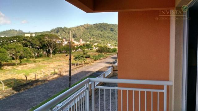 Vista com área verde churrasqueira, 50 metros da praia - Foto 10