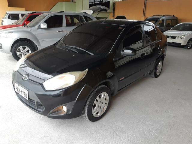 Fiesta Class 1.6 Sedan 2012