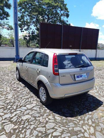 Fiesta Hatch 1.6 - Completo - Foto 10