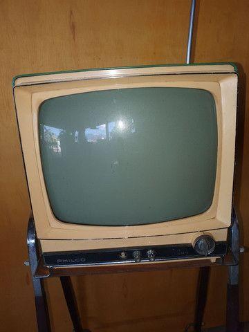 Antiga TV com pé original de época jacarandá  - Foto 3