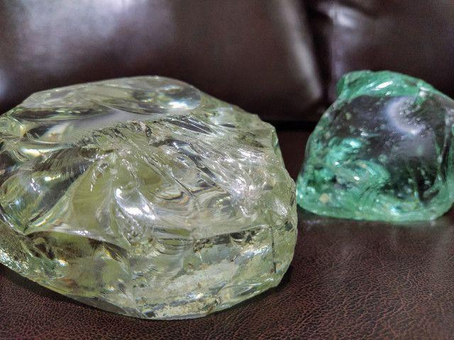 Duas Pedras de Vidro da Terra 2 kg  - Foto 6