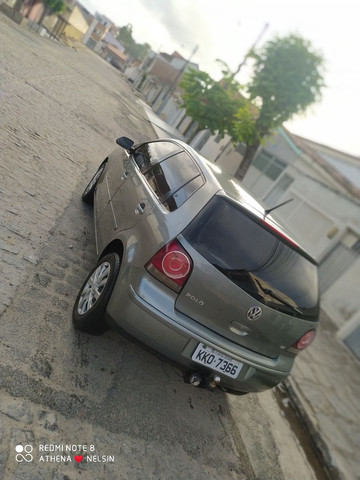 Vendo  (pólo) hatch 1.6 completo
