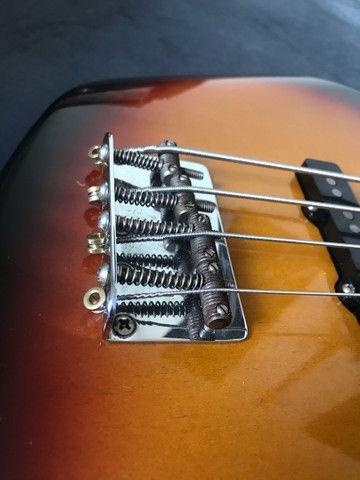 Baixo fender jazz bass Classic 60s - Foto 4