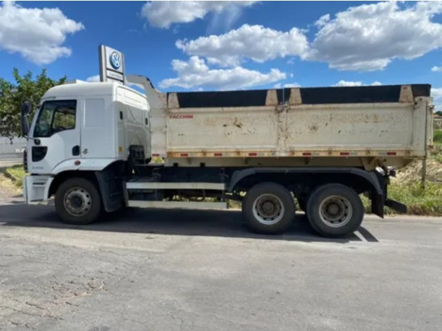 caminhão ford cargo caçamba 2429 (parcela+entrada) - Foto 4
