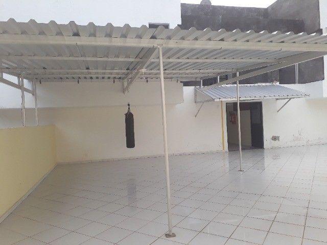 Lindo Apartamento de 3 Quartos Totais na Dorival Caymi Itapuã - Foto 10