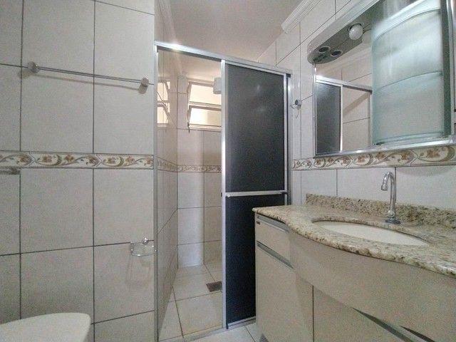 Locação   Apartamento com 90 m², 3 dormitório(s), 1 vaga(s). Zona 07, Maringá - Foto 12